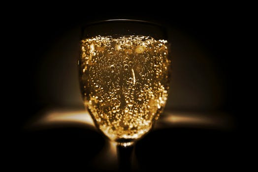 wine article Meet Tom Stevenson  The Sparkling Wine Authority Part 1